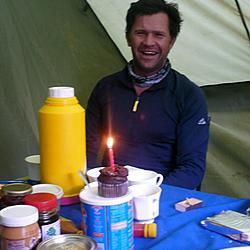 Willem finally gets to light his candles | There wasn't enough oxygen at the summit to light the candle.
